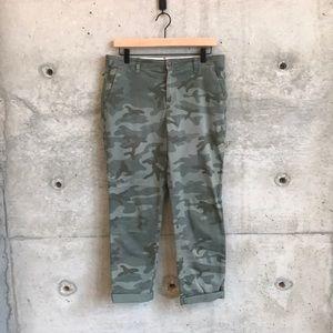 Gap Girlfriend Chinos-Camouflage